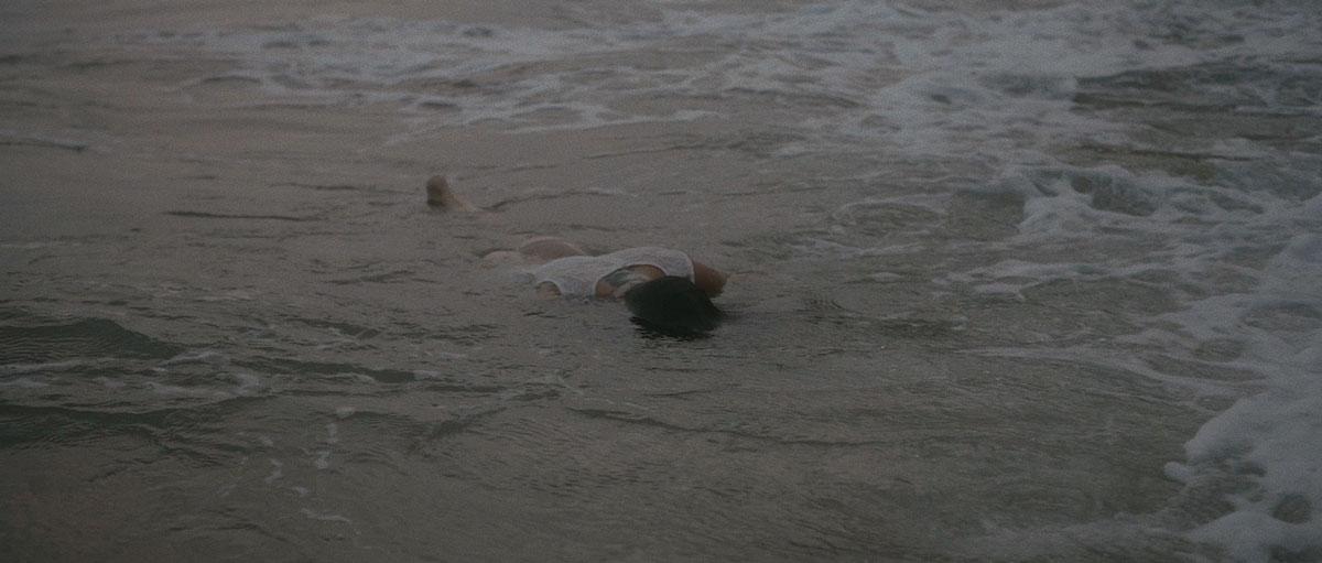 playa-tarragona-mar-waikiki